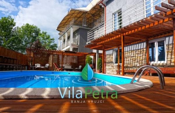 Vila Petra Pansionski smeštaj sa bazenom